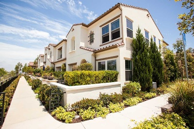 Del Sur Townhouse For Sale: 16665 Gill Loop