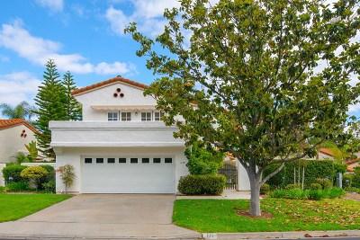 Escondido Single Family Home For Sale: 610 Gardenia Gln
