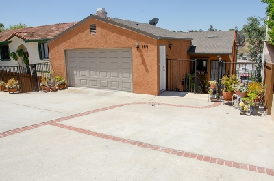 Vista Single Family Home For Sale: 169 Terrace Dr
