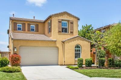 Oceanside Single Family Home For Sale: 1109 Breakaway Dr