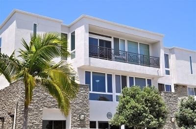 Pacific Beach, Pacific Beach Sail Bay, Pacific Beach, North Pacific Beach, Pacific Beach/Crown Point Attached For Sale: 924 Hornblend St #203