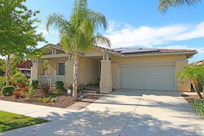Escondido Single Family Home For Sale: 594 Dana Lane
