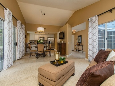 Oceanside Townhouse For Sale: 2018 Mountain Vista Way