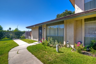 San Marcos Attached For Sale: 500 Debra Place