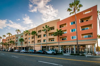 Oceanside Attached For Sale: 401 N Coast Hwy #205