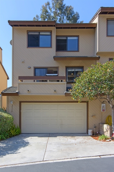 Oceanside Townhouse For Sale: Woodlands Way