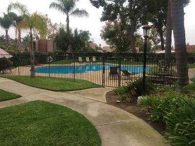 Escondido Townhouse For Sale: 1431 N Broadway #A
