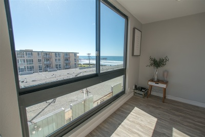 Pacific Beach Attached For Sale: 4667 Ocean Blvd #314