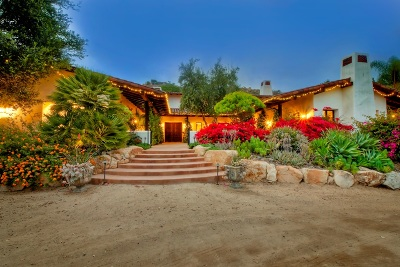 Single Family Home For Sale: 2317 Via Cascabel