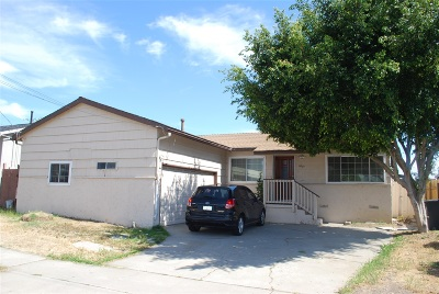 San Diego Single Family Home For Sale: 4801 Solola Ave