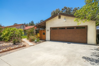 San Diego Single Family Home For Sale: 9960 Avenida Magnifica