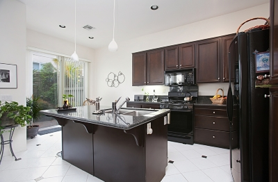 San Diego CA Attached For Sale: $729,900