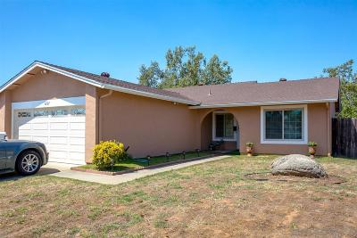 Escondido Single Family Home For Sale: 1221 Conway Dr.