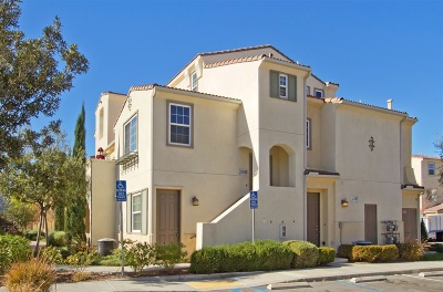 Temecula Townhouse For Sale: 31189 Mountain Lilac Way