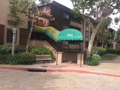 La Jolla Attached For Sale: 8850 Villa La Jolla Dr. #201
