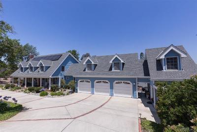 Vista Single Family Home For Sale: 1620 Arrow Wood Ln