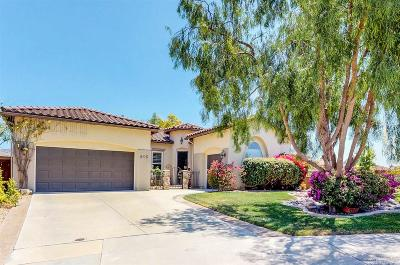 Chula Vista Single Family Home For Sale: 805 Hawksview