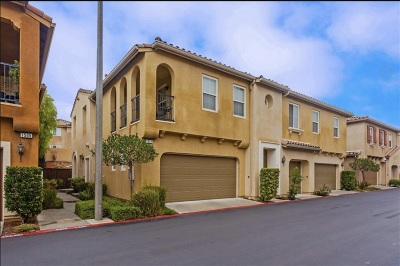 Chula Vista Townhouse For Sale: 1511 Laurel Grove Dr #2