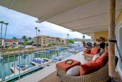 Carlsbad Attached Sold: 4519 Cove Dr #7