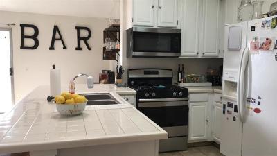Temecula Single Family Home For Sale: 27181 Rainbow Creek Dr