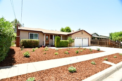 Escondido Single Family Home For Sale: 723 Daisy St