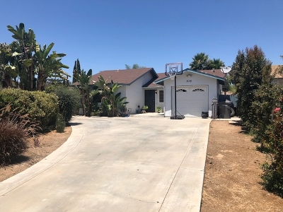 San Marcos Single Family Home For Sale: 838 Snowberry Court
