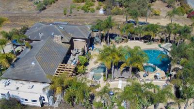 Escondido Single Family Home For Sale: 8850 West Lilac