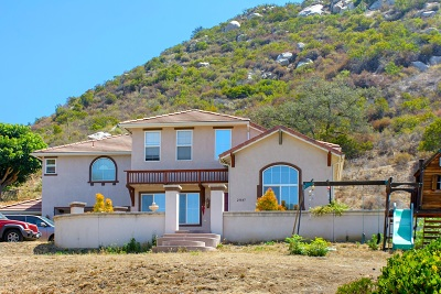 Escondido Single Family Home For Sale: 25843 Forest Drive