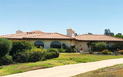 Poway Single Family Home For Sale: 17523 Corte Lomas Verdes