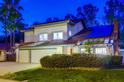 Poway Single Family Home For Sale: 13032 Triumph Dr