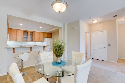 Fashion Valley, Mission Valley Townhouse For Sale: 8301 Rio San Diego Dr #7