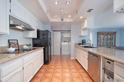Escondido Single Family Home For Sale: 10326 Oak Ranch Lane