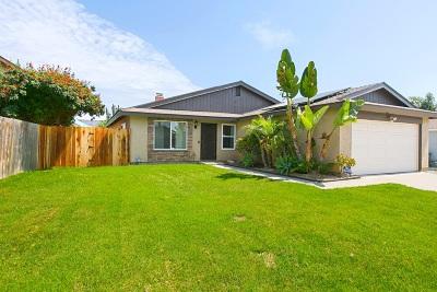 Oceanside Single Family Home For Sale: 4620 Mardi Gras St