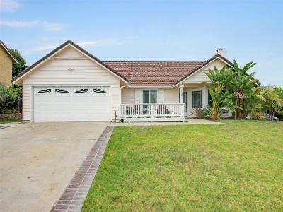 Oceanside Single Family Home For Sale: 1391 Ridgemont Ct