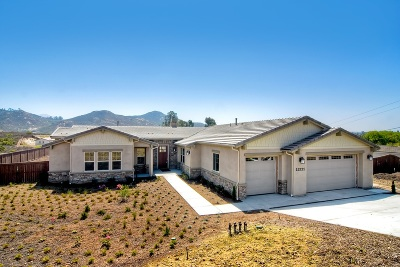 Single Family Home For Sale: 15221 La Manda Drive