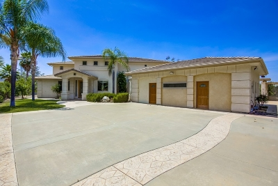 el cajon Single Family Home For Sale: 15793-95 Broad Oaks Rd