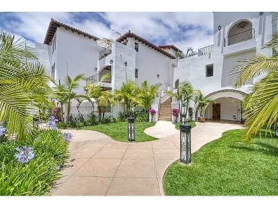 Carlsbad Attached For Sale: 7323 Estrella De Mar Rd #27