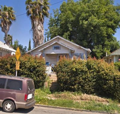San Diego Single Family Home For Sale: 1916 Monroe Ave