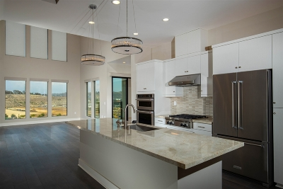 San Diego CA Attached For Sale: $1,145,000