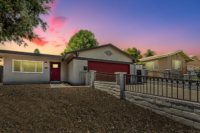 San Diego Single Family Home For Sale: 882 Carlsbad St