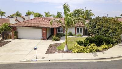 Oceanside Single Family Home For Sale: 4746 Mahogany Dr