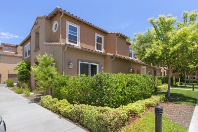 San Diego Townhouse For Sale: 17019 Camino Marcilla #8