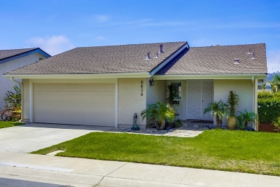 San Diego Single Family Home For Sale: 4414 Caminito Plomada