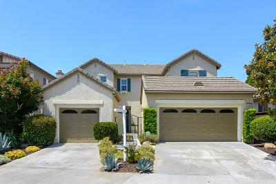 Single Family Home Contingent: 1638 Sagewood Way