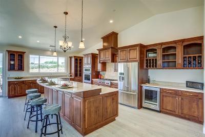 Escondido Single Family Home Pending: 28043 Oak Ranch Rd