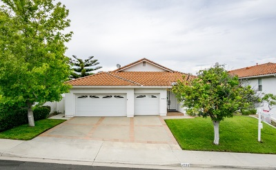 Oceanside Single Family Home For Sale: 4930 Lassen Dr