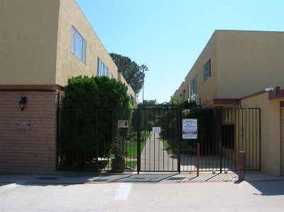 Chula Vista Townhouse For Sale: 617 3rd Avenue #16