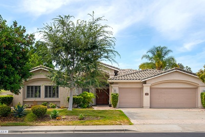 Single Family Home For Sale: 3331 Avenida Magoria
