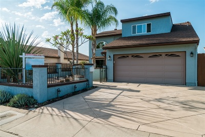 San Diego Single Family Home For Sale: 4460 Huggins Street