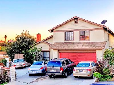 San Diego Single Family Home For Sale: 260 Umber Ct